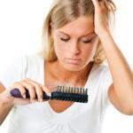 抜け毛がひどい原因は?シャンプーとドライヤーの使い方に問題あり?