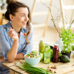 女性抜け毛対策は食べ物から!髪にいい食べ物や薄毛に効く食べ物7選